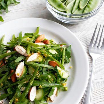 Салат из стручкового горошка