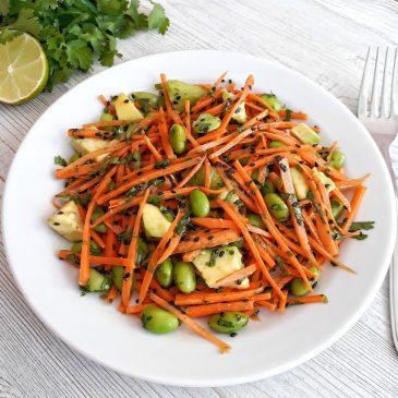Морковный салат с зелеными бобами