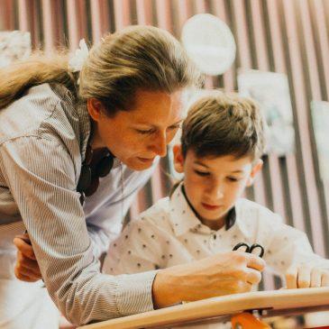 Как у детей снижается мотивация к учебе?