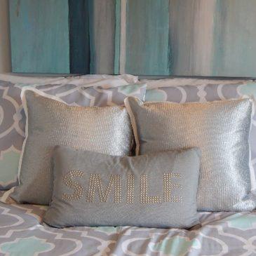 Как почистить подушки?