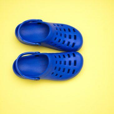 Как простые галоши завоевали мир: история Crocs