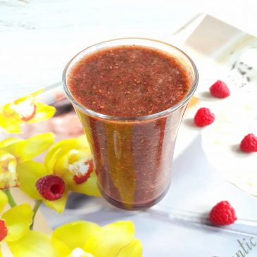 Raw-смузи с малиной и кале | Raw smoothie with raspberries and kale