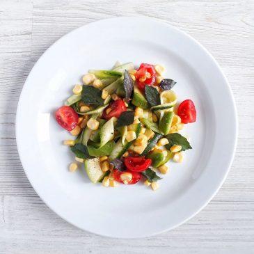 Витаминный салат с цукини и кукурузой   Vitaminic Salad with Corn and Zucchinis