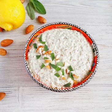 Сыроедный хумус с миндалём и шалфеем | Raw hummus with almonds and sage